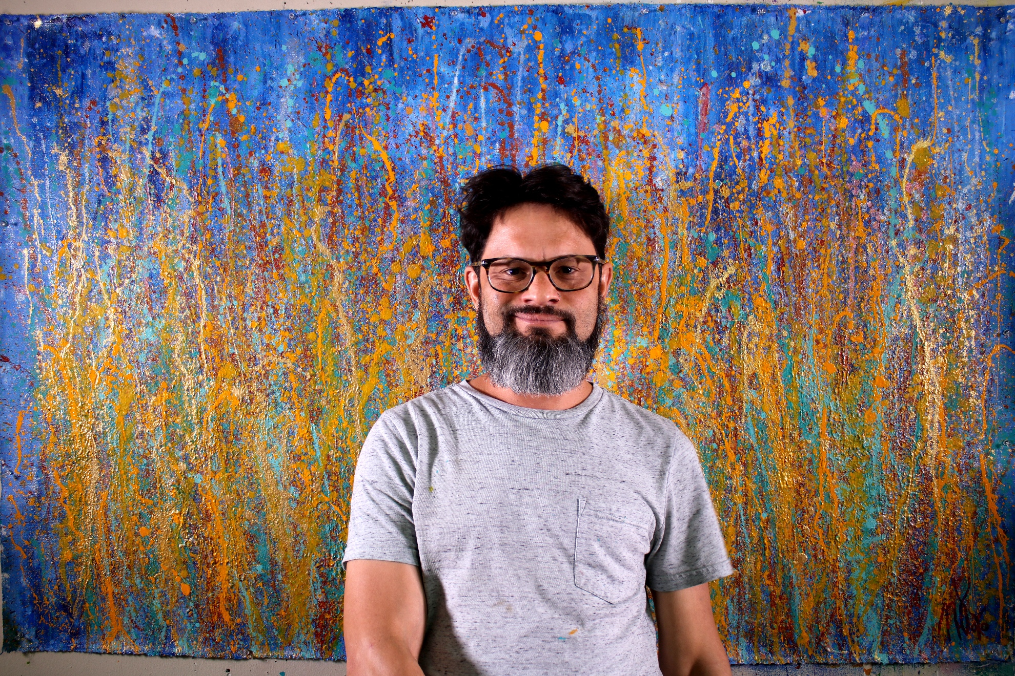 Artist and Painting - A Closer Look (Drizzles Delight) – NEW SERIES 2019 by Nestor Toro